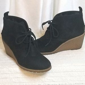 GH Bass & Co. Cali Stone Wedge Booties (size 8.5M)